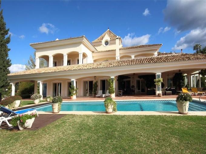 獨棟家庭住宅 for sales at Lovely colonial style mansion    Benahavis, Costa Del Sol 29679 西班牙