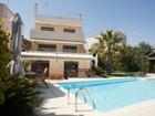 Moradia for  rentals at Cozy Villa Vari  Vari, Attiki 16672 Grécia