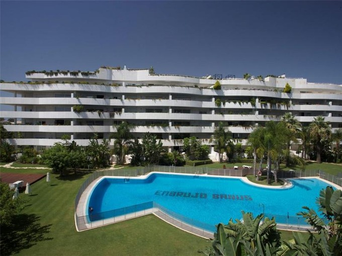 Căn hộ for sales at Delightful apartment in a front line beach complex  Marbella, Costa Del Sol 29660 Tây Ban Nha