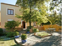 Таунхаус for sales at Beautiful Townhouse In An  Exclusive Country Club    Benahavis, Costa Del Sol 29678 Испания