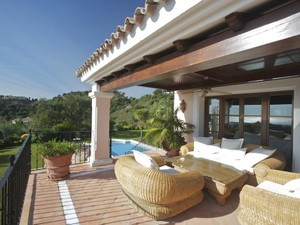 Additional photo for property listing at Gran vivienda unifamiliar con vistas impresionantes en La Zagaleta  Benahavis, Costa Del Sol 29600 España