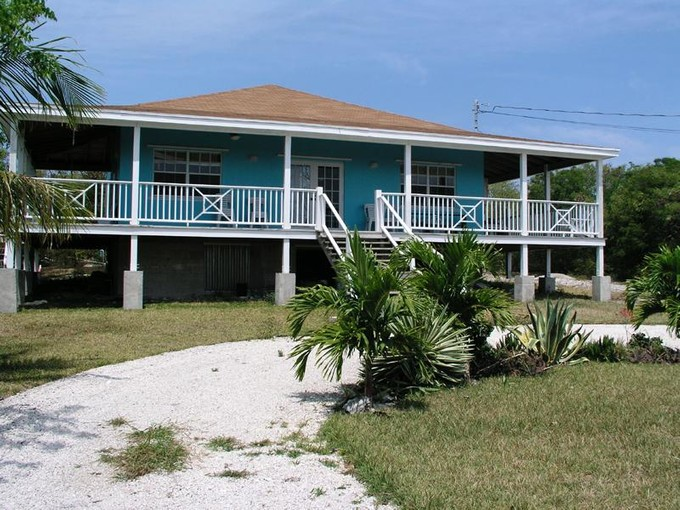 Casa Unifamiliar for sales at Day Dreams - Russell Island  Spanish Wells, Eleuthera . Bahamas