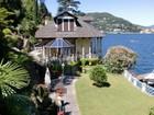 Частный односемейный дом for sales at Изумительная вилла в стиле Либерти на озере Комо Como Como, Como 22100 Италия