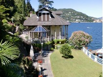 Einfamilienhaus for sales at Majestic liberty villa on Lake Como  Como, Como 22100 Italien