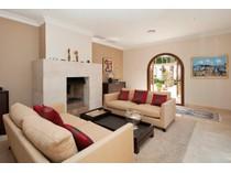 Einfamilienhaus for sales at Villa in erster Linie vom Golfplatz in Santa Ponsa  Santa Ponsa, Mallorca 07181 Spanien