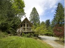 Casa para uma família for sales at Coastal Comforts in a Popular Neighbourhood 168 Sunset Drive   Salt Spring Island, Columbia Britanica V8K 1L4 Canadá