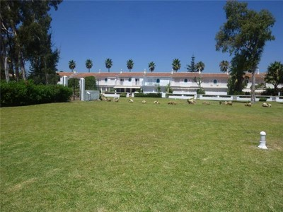 Moradia em banda for sales at Front line beach townhouse    Marbella, Costa Del Sol 29679 Espanha