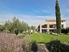Single Family Home for  rentals at Modern house in Saint Remy de Provence  Saint Remy De Provence, Provence-Alpes-Cote D'Azur 13210 France