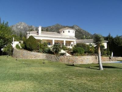 獨棟家庭住宅 for sales at Stunning villa with breathtaking views to the Sea  Marbella, Costa Del Sol 29600 西班牙
