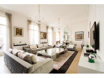 Apartment for sales at Luxurious apartment - Triangle d'Or  Paris, Paris 75008 France