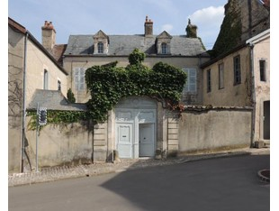 Other Residential for sales at hôtel particulier, 17th c townhouse  Other Burgundy, Burgundy 71250 France