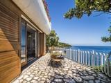 Property Of Роскошная вилла на самом берегу острова Эльба