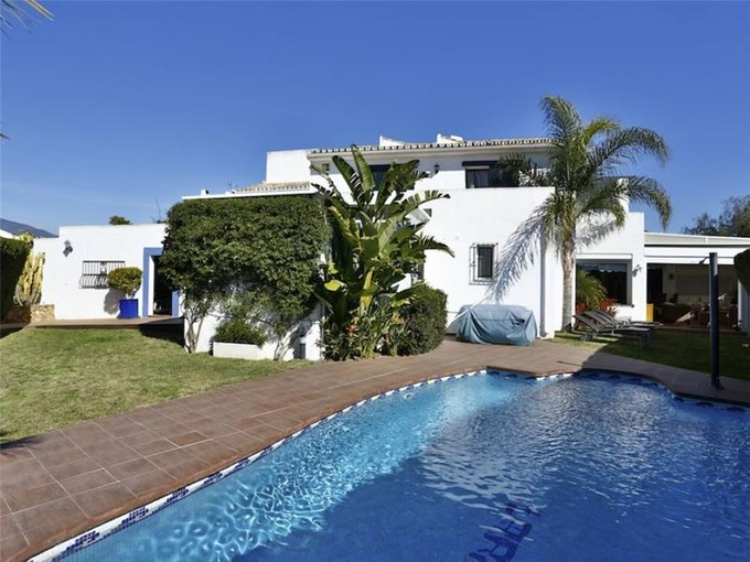 Konak for sales at A super town house on the beachside  Marbella, Costa Del Sol 29679 Ispanya