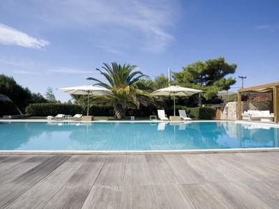 Einfamilienhaus for sales at Greek Diamond South Suburbs Athens, Attiki 55501 Griechenland