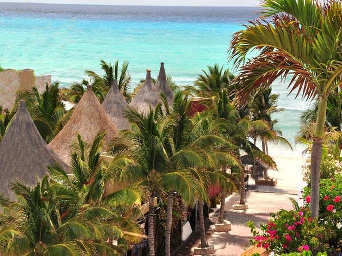 Terreno for sales at DEVELOPMENT PARCEL IN PREMIUM LOCATION IN DOWNTOWN Calle 8 entre 5ta Av. y la playa  Playa Del Carmen, Quintana Roo 77710 México