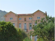 Einfamilienhaus for sales at Mansion in Pagnol Country  Aix-En-Provence, Provence-Alpes-Cote D'Azur 13400 Frankreich