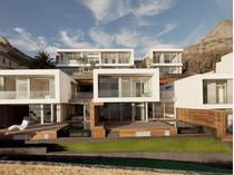 共管式独立产权公寓 for sales at Camps Bay Beach VIllas  Cape Town, 西开普省 8005 南非