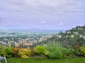 Appartements for sales at Appartement, villa sur toit calme absolue, magnifique terrasse de 110 m2, v  Mandelieu,  06210 France