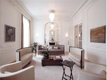 その他の住居 for sales at Private Mansion - Invalides    Paris, パリ 75007 フランス