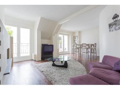 公寓 for sales at Apartment - Triangle d'Or  Paris, 巴黎 75008 法國