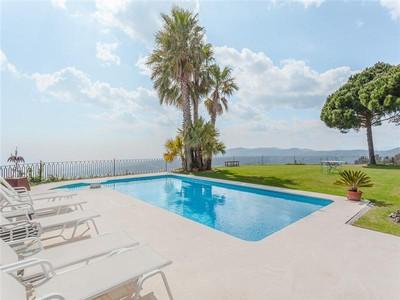 獨棟家庭住宅 for sales at Elegant villa in Supermaresme with panoramic coast  Sant Andreu De Llavaneres, Barcelona 08392 西班牙