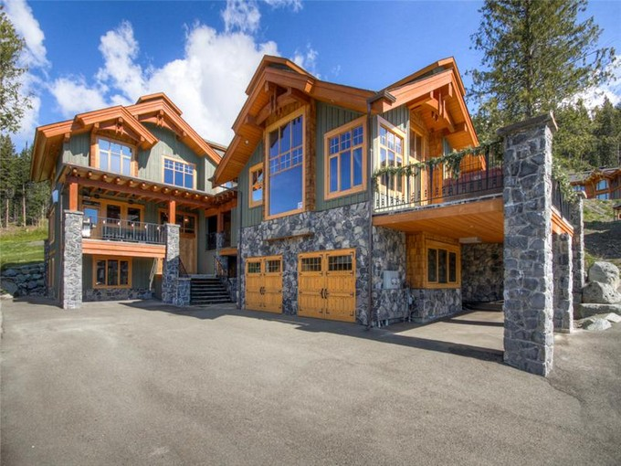 Residencial - Outro for sales at Luxury Mountain Chalet 4129 Sundance Drive  Sun Peaks, Columbia Britanica V0E 5N0 Canadá