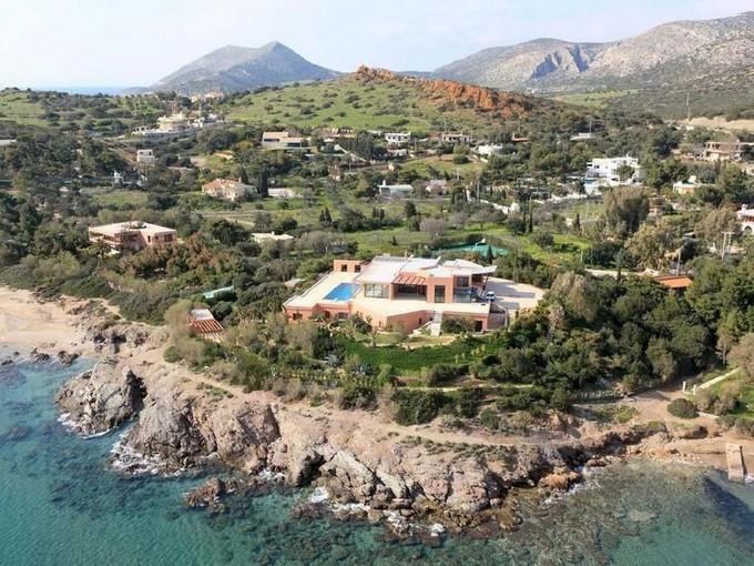 Casa para uma família for sales at Seafront Villa in Sounio  Other Attiki, Attiki 19500 Grécia