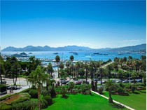 Apartamento for sales at 4/5 roomed apartment with panoramic views  Cannes, Provincia - Alpes - Costa Azul 06400 Francia