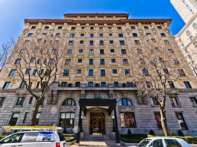 Co-op for sales at Stunning Parisian-inspired apartment   Montreal, Quebec H3G 1M1 Canada