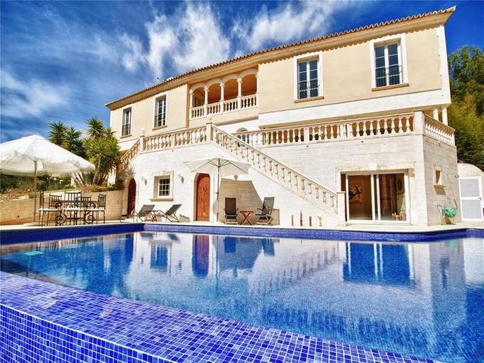 Casa Multifamiliar for sales at Luxury VIila With Panoramic Views in Son Vida    Palma Son Vida, Mallorca 07013 España