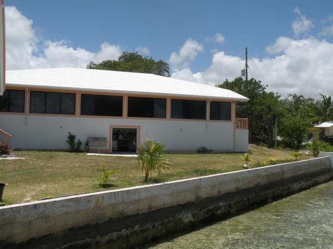 Частный односемейный дом for sales at Chatterbox  Marsh Harbour, Абако . Багамские Острова