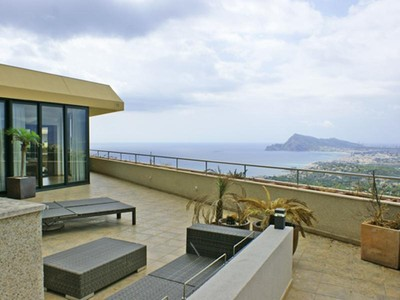 Apartment for sales at Nica Flat with a huge Terrace and fantastic Panori   Altea, Alicante Costa Blanca 03590 Spain