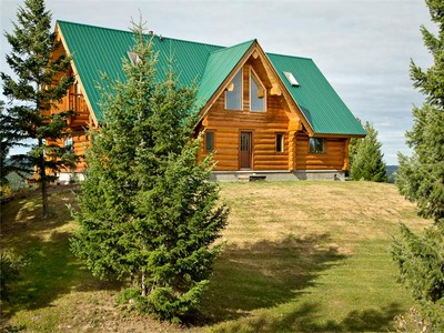 Single Family Home for sales at On Top of the Hill in the Cariboo 5251 Dawson Road  100 Mile House, British Columbia V0K 2E1 Canada