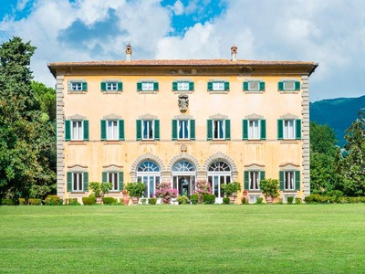 Single Family Home for sales at Prestigious historic mansion in Lucca Via delle Ville Lucca, Lucca 55100 Italy