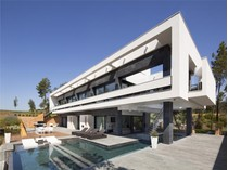 Casa para uma família for sales at Exceptional villa with views over the golf course  Caldes De Malavella, Costa Brava 17455 Espanha