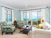Condominio for sales at Point Grace Suite W201 Beachfront Grace Bay, Providenciales BWI TCI Islas Turcas Y Caicos