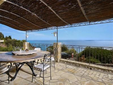 Autre Bien Résidentiel for sales at Belle propriété avec vue mer panoramique  Theoule Sur Mer, Provence-Alpes-Cote D'Azur 06590 France