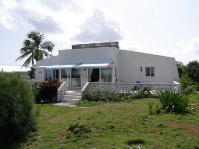 Maison unifamiliale for sales at Blue Skies Rainbow Bay Rainbow Bay, Eleuthera . Bahamas