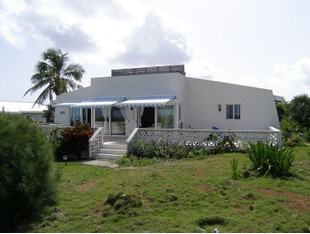 Moradia for sales at Blue Skies Rainbow Bay Rainbow Bay, Eleuteria . Bahamas