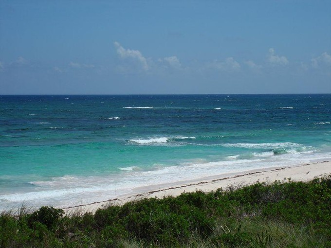 Land for sales at Atlantic Beachfront Airport Beach Governors Harbour, Eleuthera . Bahamas