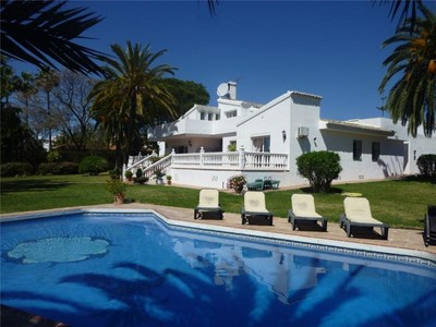 Single Family Home for sales at A lovely family home   Estepona, Costa Del Sol 29680 Spain