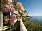 Villa for  sales at Unique Waterfront Property in Beaulieu  Beaulieu, Provenza-Alpi-Costa Azzurra 06310 Francia