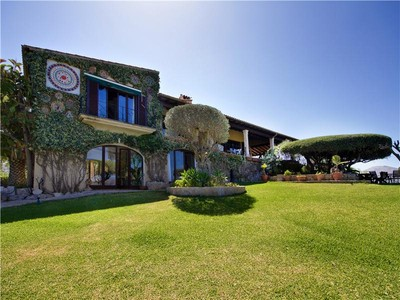 Single Family Home for sales at Substantial Villa With Breathtaking coastal views    Pollensa, Mallorca 07460 Spain