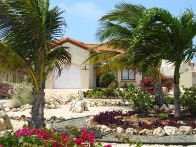 Casa Unifamiliar for sales at Miramar 26  Malmok, Aruba 00000 Aruba