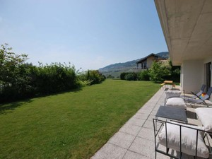 Additional photo for property listing at Individual villa with 6.5 rooms  St-Legier, Vaud 1806 Switzerland