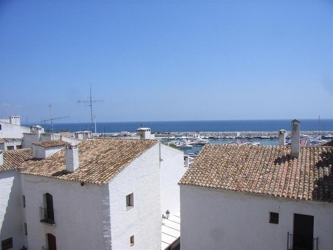 公寓 for sales at Refurbished apartment in Puerto Banus  Marbella, Costa Del Sol 29660 西班牙