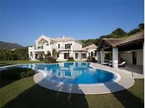 Vivienda unifamiliar for sales at Espectacular villa situada en  La Zagaleta    Benahavis, Costa Del Sol 29679 España