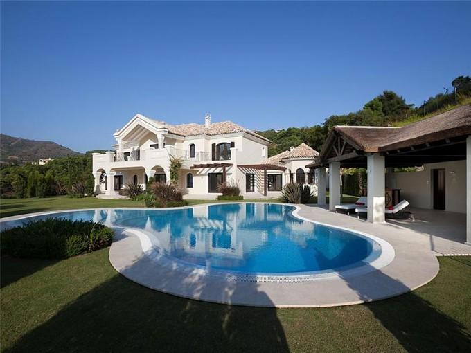 Tek Ailelik Ev for sales at Spectacular villa  in La Zagaleta  Benahavis, Costa Del Sol 29679 Ispanya