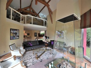 Additional photo for property listing at Exceptional architect-desgined villa  Other Rhone-Alpes, Rhone-Alpes 73100 France