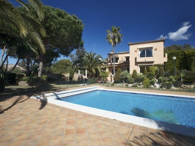 獨棟家庭住宅 for sales at Beachside villa near the Don Carlos hotel  Marbella, Costa Del Sol 29600 西班牙